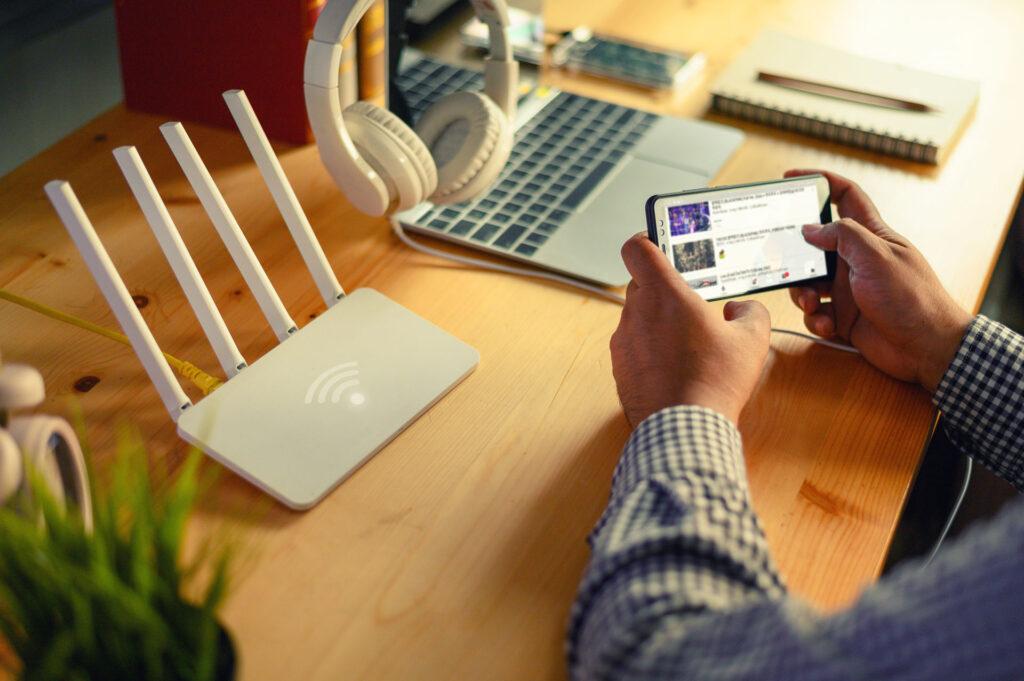 find det billigste bredbånd igennem Minifinans.dk
